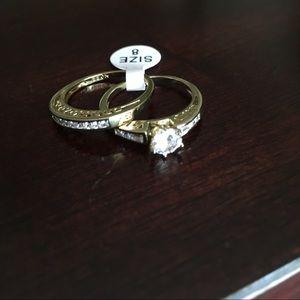 Size 8 Princess Cut Gold Ring Proposal Set
